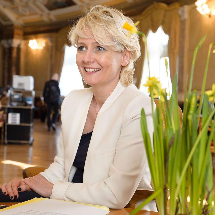 Félicitations à Isabelle Moret.  Le PLR Vaud est fier de voir la conseillère nationale accéder à la Présidence de la Chambre du peuple.